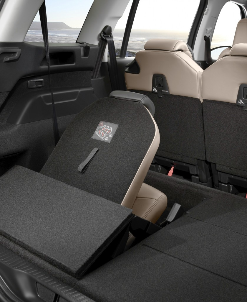Essai du citro n grand c4 picasso le loft roulant des for Kadjar interieur 7 places